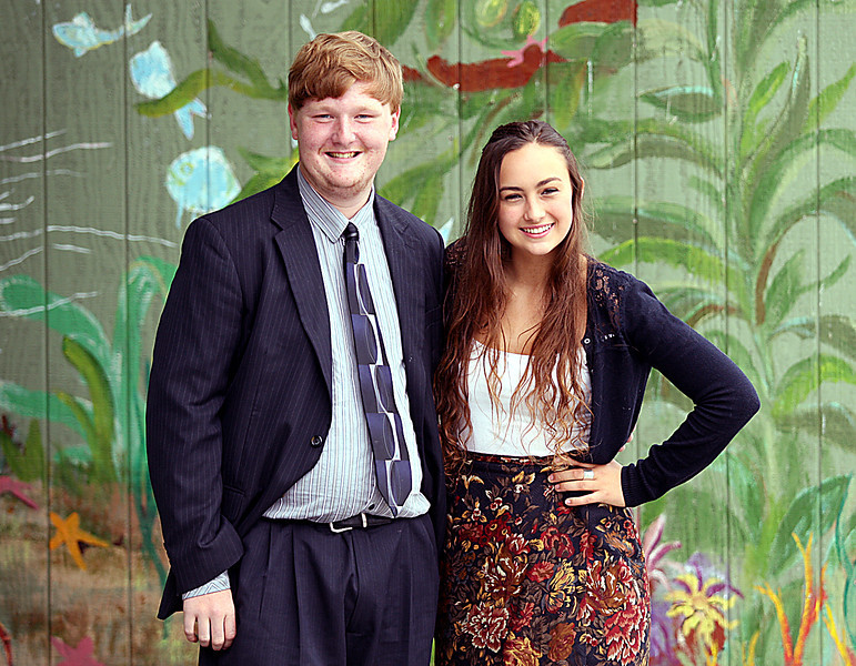 Hansen Holtrop and Maryah Lax are Delta High valedictorians. (Dan Coyro/Sentinel)